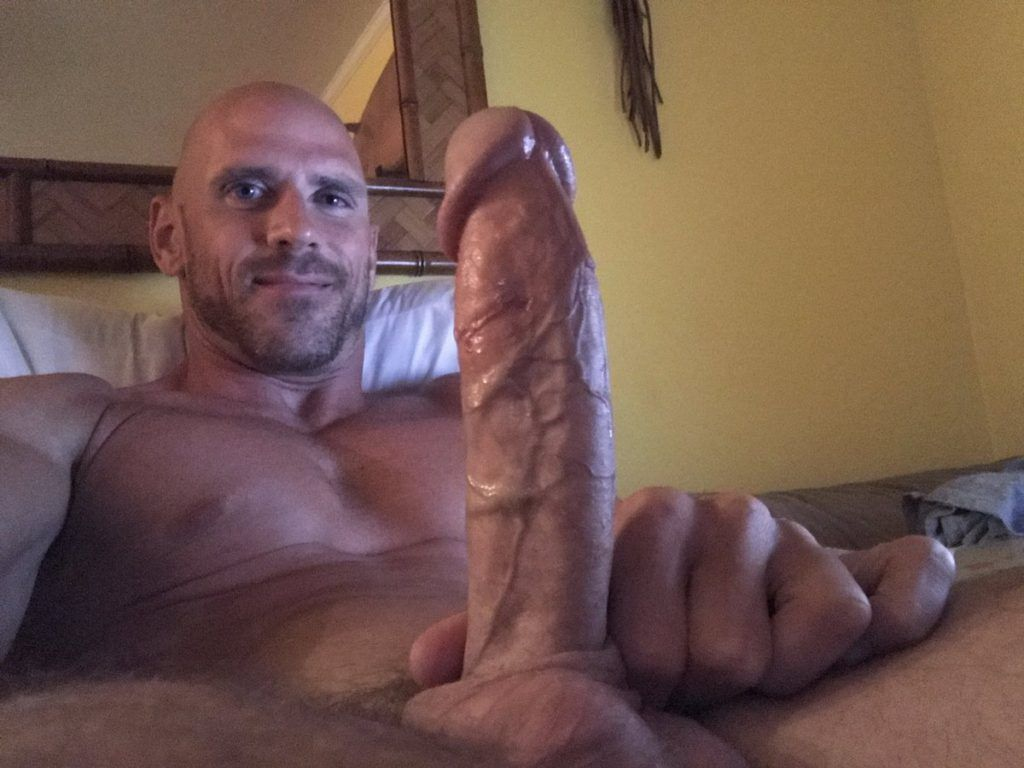 Johnny Sins shows his 8 inches big vascular cock.